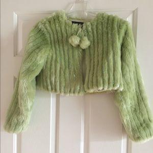 Children's Place green faux fur w/ sequins capelet